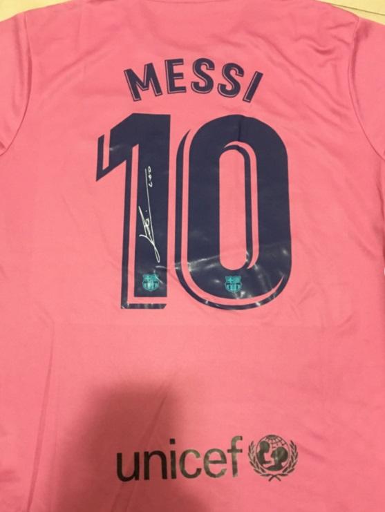 camiseta-messi-rosa